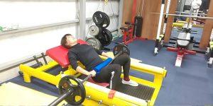 ベンチプレス 栃木県小山市 トレーニングジム
